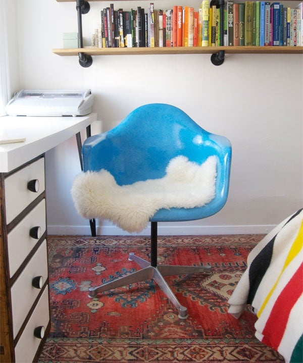 ... Cushion For The Seat (tulip Chair Style), But In The Meantime Whatu0027s A  Hipster To Do? Put A Sheepskin On It. Cute On The Chair, Cushy On Your  Tushy.