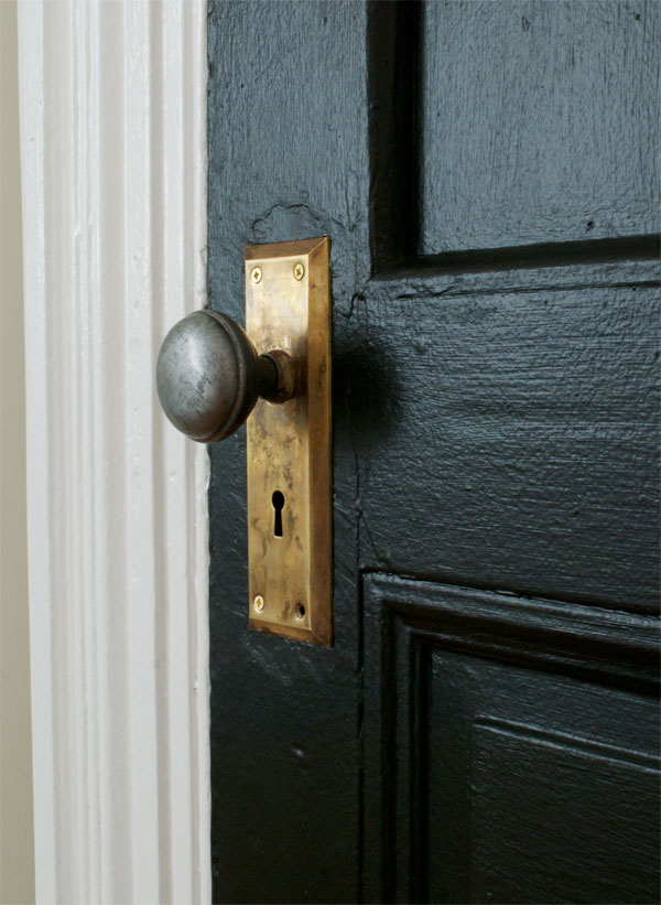 bedroomdoorhandle.jpg