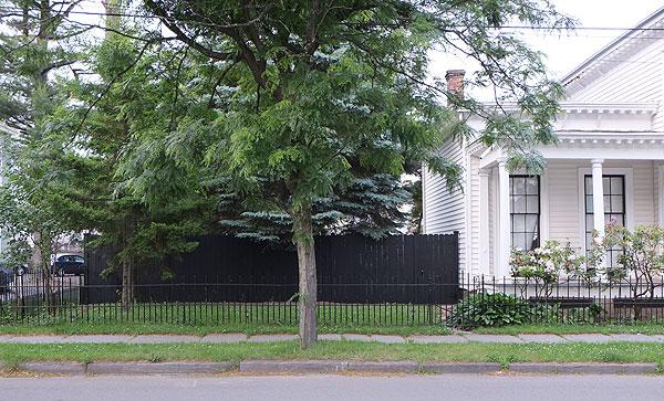 fencefromacrossstreet