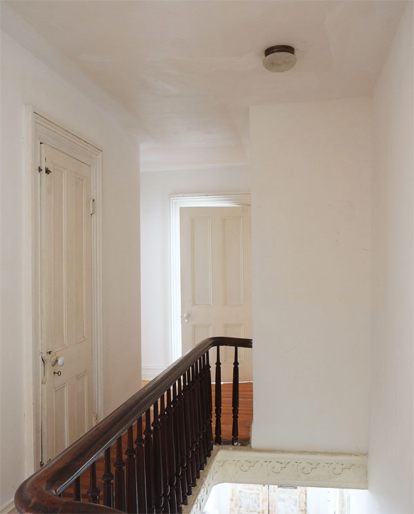 upstairs-hallway-after
