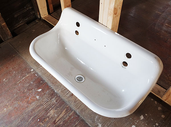 Kohler Brockway Sink in the Cottage Bathroom! | Manhattan Nest