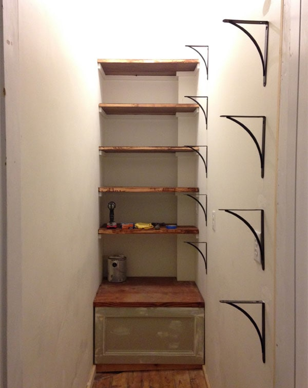 brackets-up-and-back-shelves