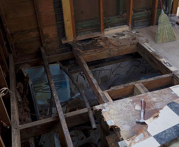 kitchen-floor-demo