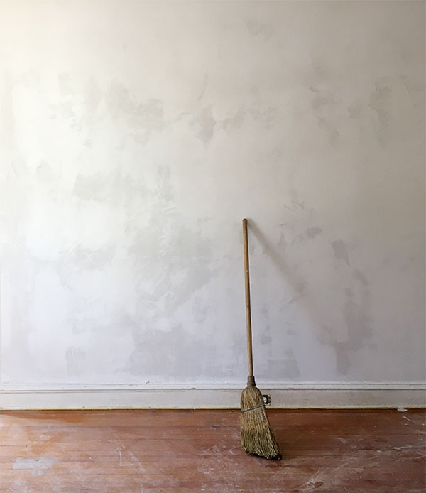 thick wallpaper to cover bad walls