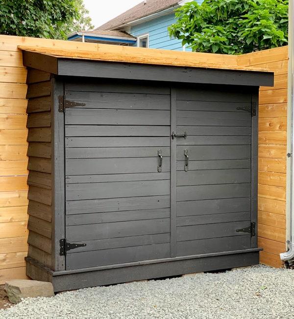 Bluestone Backyard: Build Yourself a Little Storage Shed!